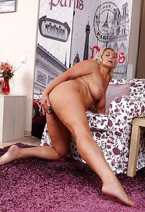 Huge Wife Ass Pics