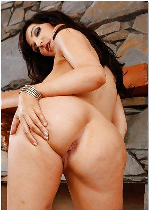 Huge Ass Milf Pics
