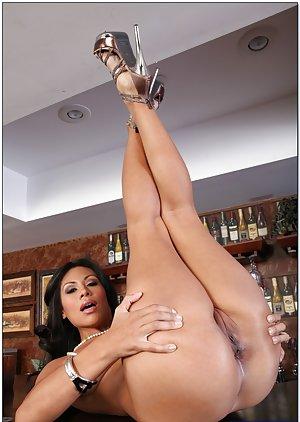 Huge Ass Latina Pics