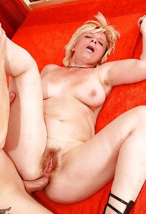 Huge Granny Ass Pics